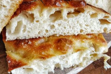 Focaccia di patate con lievito madre liquido